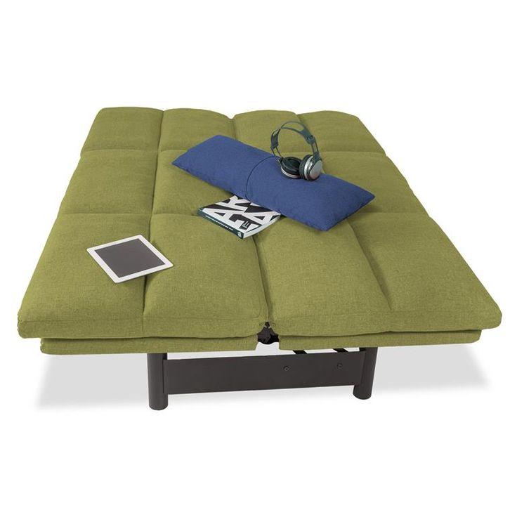 1, 2, 3! In een paar seconden maak je van de Brooklyn slaapbank een tweepersoons bed. Handig voor (onverwachte) visite die blijft slapen. Door de lattenbodem en het fijne matras met schuimvulling weet je zeker dat je gasten heerlijk zullen slapen.