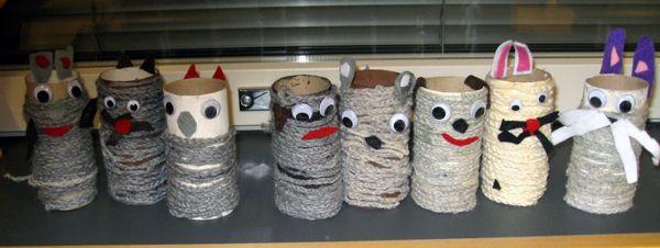 Ketjusilmukkaketjuja liimattiin paperihylsyn päälle ja saatiin kissoja, koiria, hiiriä ja jäniksiä. www.kolumbus.fi/mm.salo
