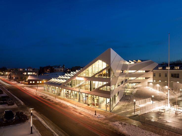 DENMARK: Middelfart Savings Bank / 3XN, © Adam Mørk