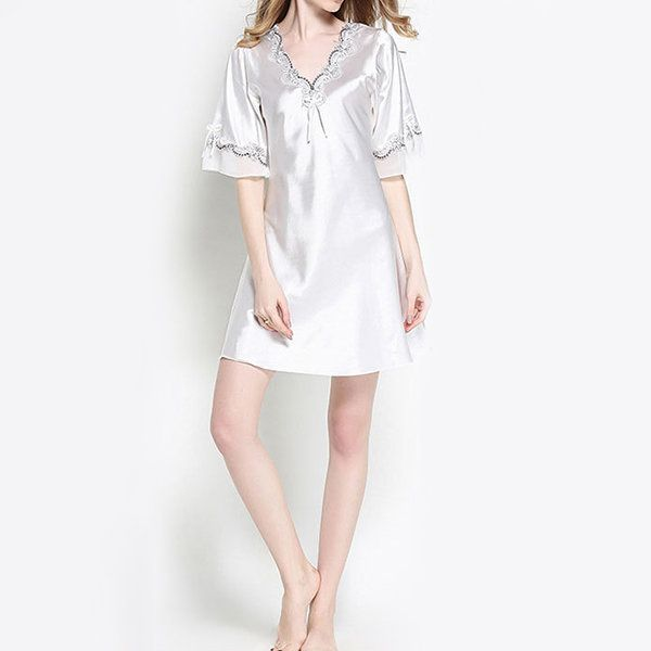 Half Sleeve Deep Plunge Lace Raw Cut Smoothly Robes