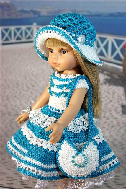 Комплект связан из хлопковой тонкой пряжи, цвет бирюзовый. Платье клеш, застегивается сзади на пуговки, с фатиновым подъюбником, украшено кружевом, бусинами / 1 200р