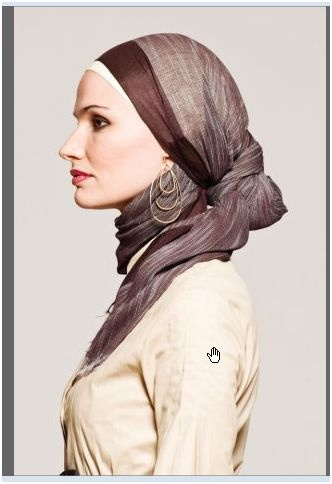 Love the knot in the hijab