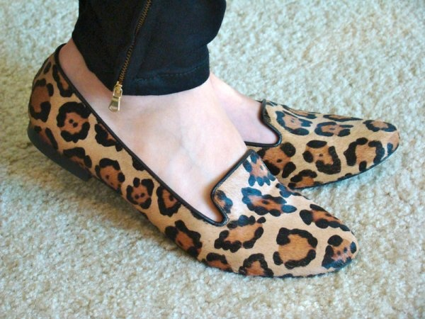 I love this leopard flats-chic, fun, edgy, sexy, comfy
