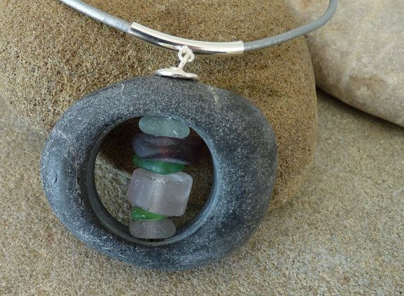 BEACH STONE NECKLACE par PARALIA sur Etsy