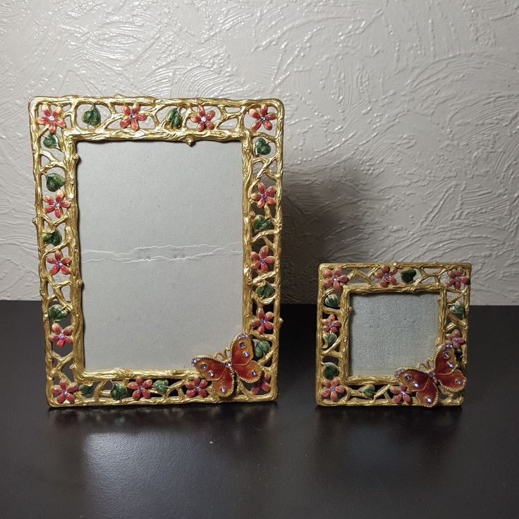 Set Of 2 Butterfly With Flowers Picture Frames For 3.5 x 5 And 2 x 2 Photo Size
