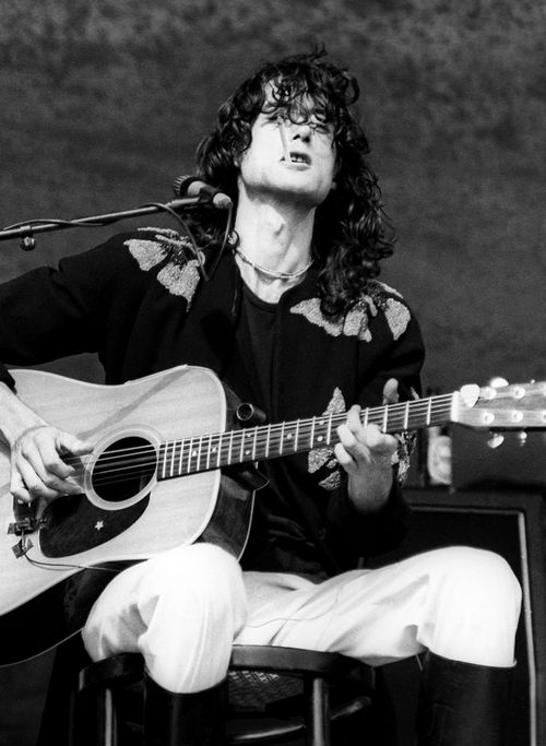10 images about led zeppelin on pinterest stairway to heaven acoustic and plants. Black Bedroom Furniture Sets. Home Design Ideas