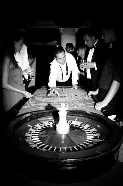 Gambling - James Bond/007 Wedding