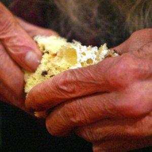 La povertà fa male quasi quanto fumo, obesità e diabete