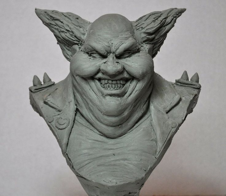 Wanted to do a sketch of Clown from Spawn, sculpted with chavant NSP medium. Leaving this loose/rough, just like the Spawn bust. So I guess it will always be a WIP 1/4 scale.