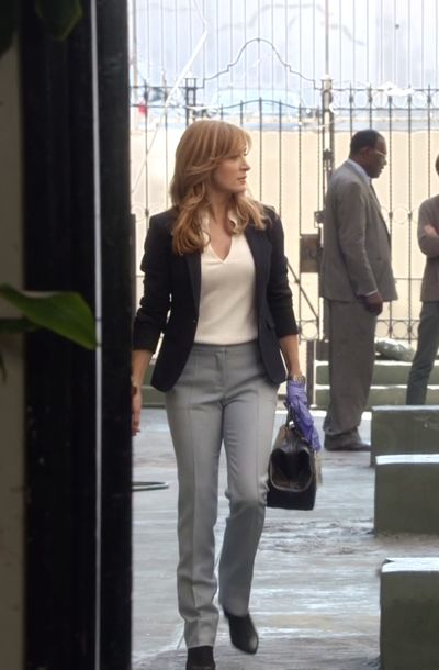 Dr. Maura Isles in Rizzoli & Isles S06E11