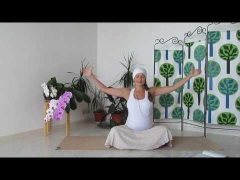 Избавление от страхов. Кундалини йога для беременных. - YouTube
