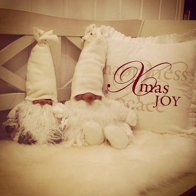 #christmas#christmasdecor#christmasinterior#christmasinspiration#xmas #inspoforhome#interior#jul#juleinteriør#julestemning#juleglede So cutecredit: @at marlens home #tagforlikes #F4F #christmastree