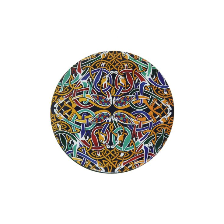 Ensure you are always looking your best with this stunning Lindisfarne Celtic Compact Mirror. Designed exclusively for English Heritage, our new Celtic range is inspired by the Lindisfarne Gospels.