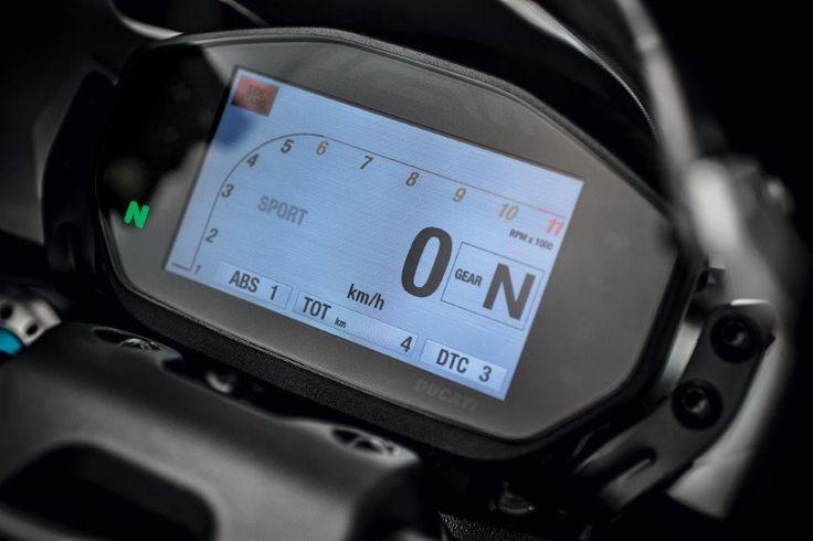 2015 Ducati Monster 1200S