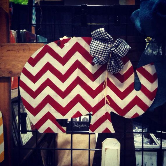 Wood Chevron Elephant for front door.  I may have to order this.  $40.00