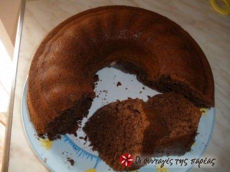Κέικ σοκολάτας(λαδι,ξυδι,κακαο,φαρινα ολικης,σοδα,νερο,βανιλιες,μαυρη ζαχαρη,μπανανα λιωμενη )