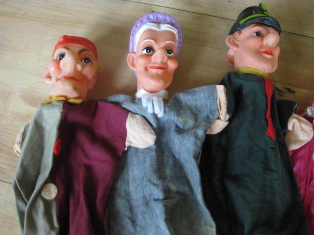 6 handpoppen uit het Nederlandse Jan Klaassen poppenspel. door pollysonlyworld…
