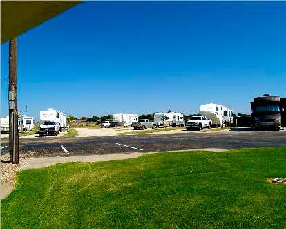 Twin Pine RV Park At Slaton Lubbock Texas