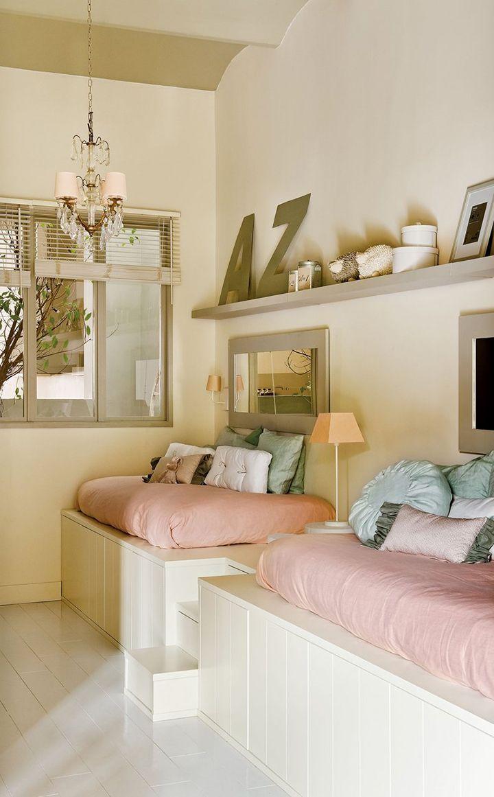 Uma casa feminina. Veja: http://casadevalentina.com.br/blog/detalhes/uma-casa-feminina-3266  #decor #decoracao #interior #design #casa #home #house #idea #ideia #detalhes #details #style #estilo #casadevalentina