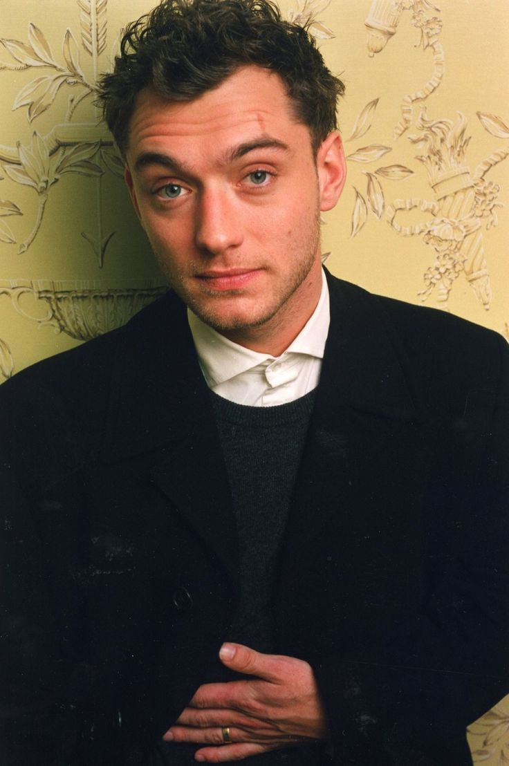 312 Best Jude Law ☉ Hey Don T Let Me Down Images On