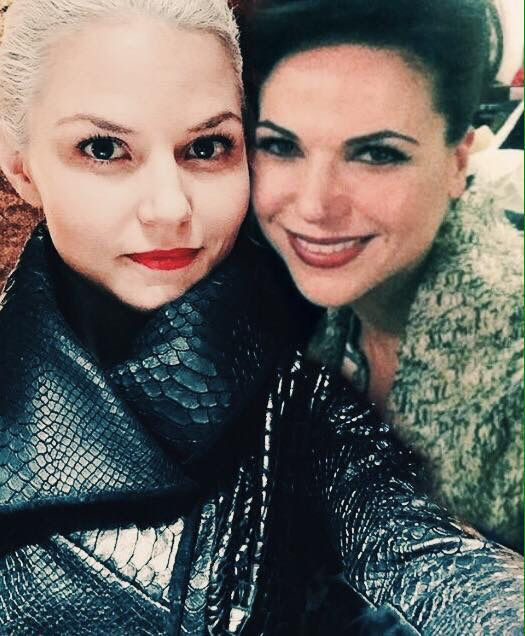 Awesome Evil Queen Regina and Emma