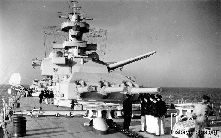 https://i.pinimg.com/736x/99/3f/72/993f7244b63ba5d9ba3686168f453d6d--gun-turret-battleship.jpg