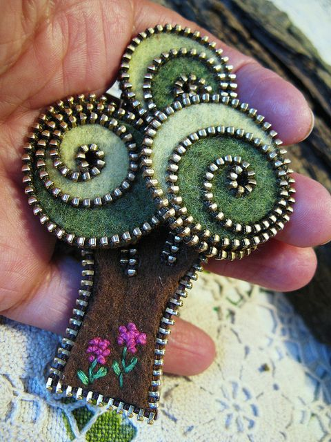 Zipper and felt tree brooch by woolly fabulous, via Flickr