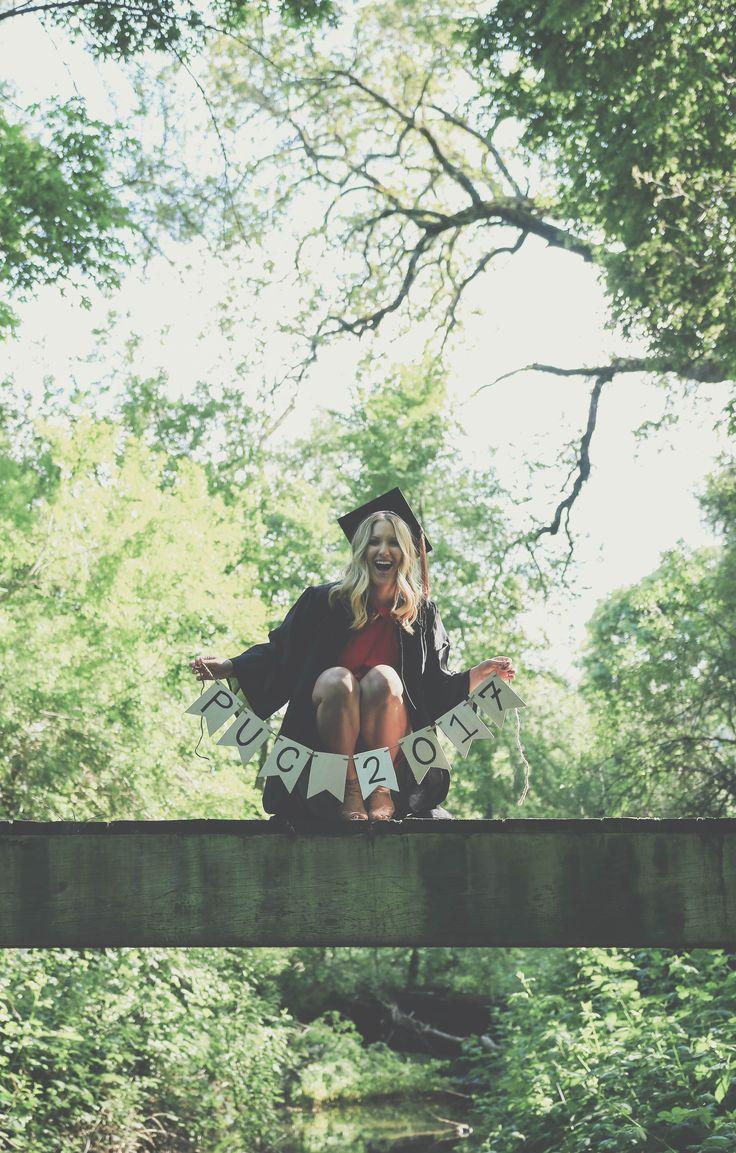 #graduation #napavalley #graduationphotos #napa #puc #college #banner #bridge #bachelorsdegree #graduationpictures #capandgown #graduation2017