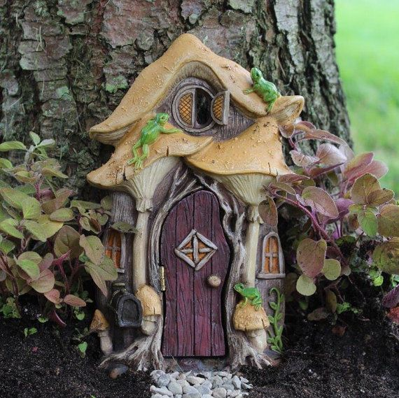 Leap Frog Fairy Door for the Fairy Garden by turbos160 on Etsy
