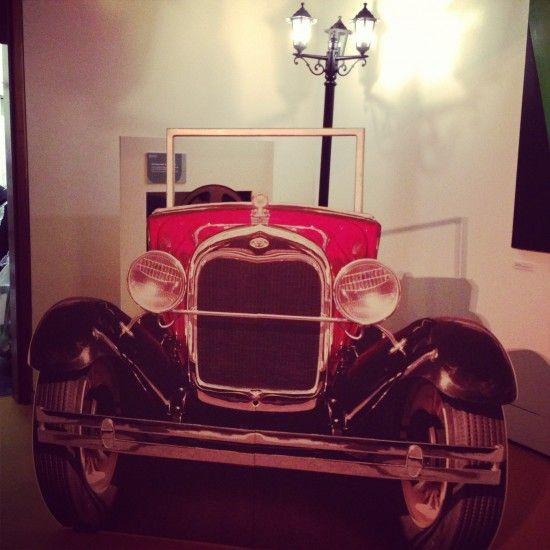2D Vintage Car Cutout, 1920s Party Theme | Art Deco Party Props | Roaring Twenties Party Ideas