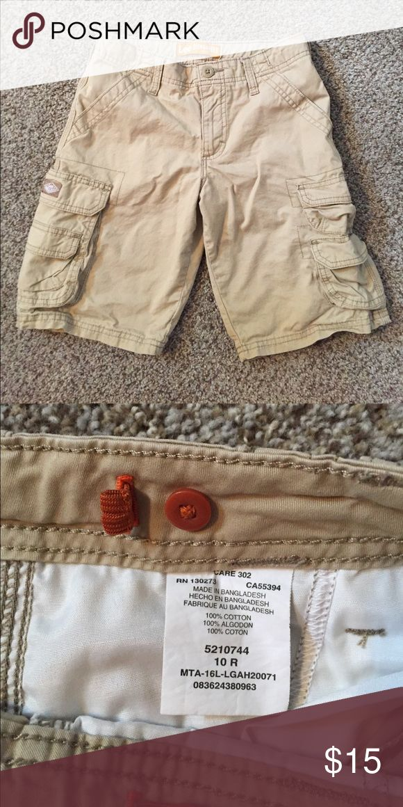 Lee Dungaree shorts boys Only worn a few times. Perfect condition. Adjustable waist band. Lee Bottoms Shorts