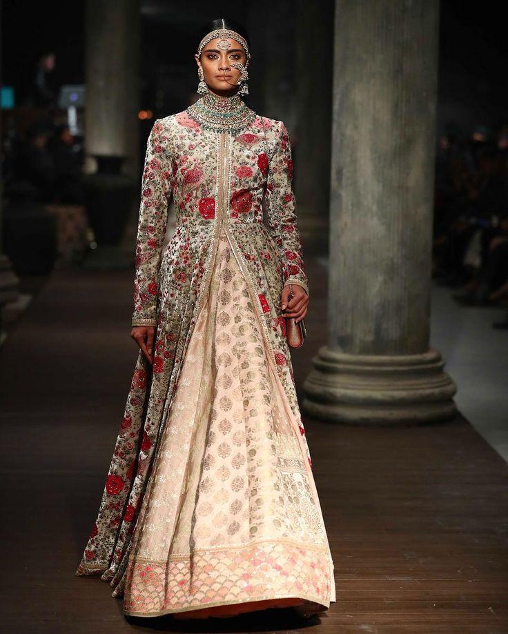 1000  ideas about Indian Designer Wear on Pinterest - Indian ...