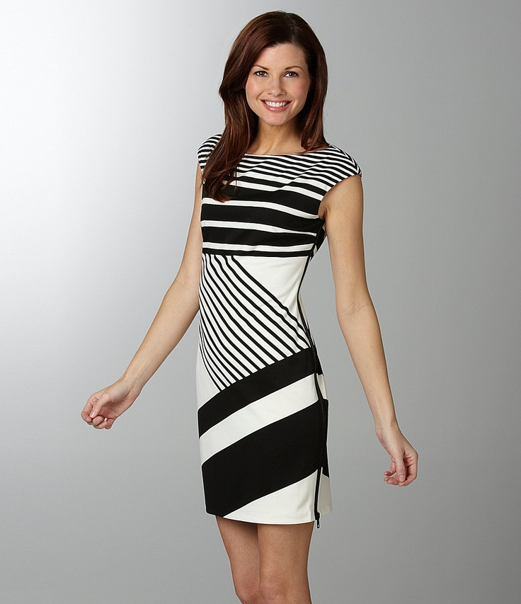 Black amp white dress w side zipper clothes pinterest