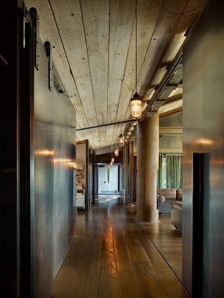 Reclaimed wood ceiling: Natural Woods, Beds Rooms, Architects, Design Interiors, Industrial Lights, Interiors Design, Barns Doors, Woods Ceilings, Sliding Doors