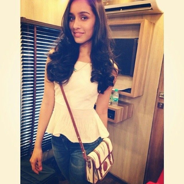 Shraddha Kapoor in Zariin necklace! #bollywood #style #fashion #casual #peplum A Touch of Stone necklace #shoponline #shopzariin #zariin #celebstyle