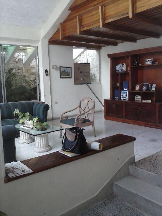 CASA LOTE EN VENTA UBICADO EN CIUDAD JARDIN Casas en Venta en Barranquilla - INURBANAS S.A.S