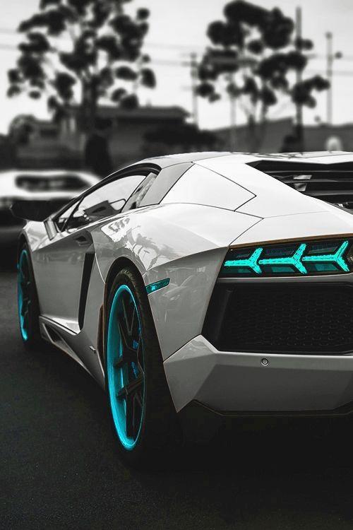 #Lamborghini Aventador More