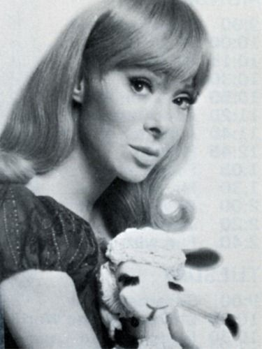 Shari Lewis (January 17, 1933 – August 2, 1998) with Lamb Chop