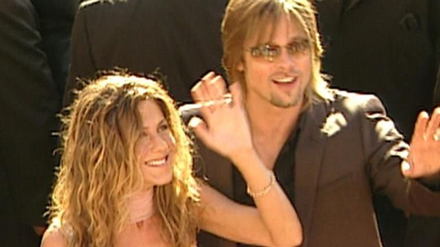 cool Here's What the Emmys Were Like 15 Years Ago -- Yes, Brad and Jen Were Still Together!