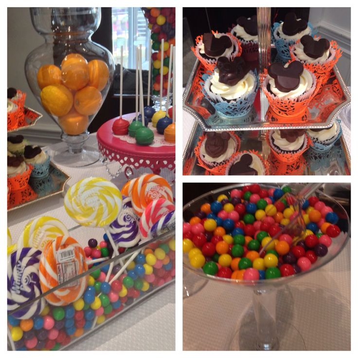 Mickey Mouse candy table