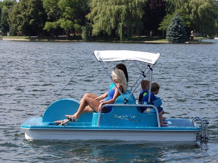 Ahlstrand Marine - Pedal Boats: Paddle Wheeler 4-Seat Paddle Boat