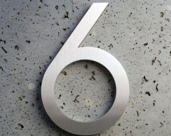 Modern huisnummer acht 8  Nummer is gemaakt van gerecycled 3/8 aluminium. Elk nummer heeft een geborstelde afwerking met een duidelijk beschermende coating die de extreme omstandigheden zal weerstaan.  Wat is inbegrepen met uw aankoop: Aantal 1 één 8 - moderne huisnummer in moderne lettertype met geborstelde afwerking, gecompenseerd sjabloon hardware en installatie.  Andere maten en lettertypen zijn beschikbaar met inbegrip van letters.  Specificaties Materiaal:. 375 gerecycleerd aluminium…