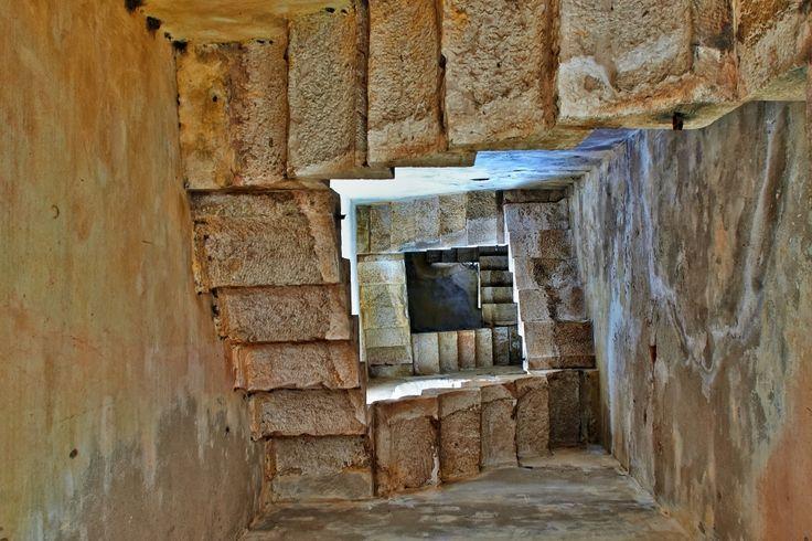 le scale del vecchio campanile - F. Dessardo  #stampe per #arredare una #mansarda
