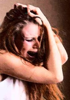 Ataques de Panico: La aparición de ataques de pánico a veces es parte de un  estrés post-traumático, es un trastorno de ansiedad que se produce después de un fuerte evento.