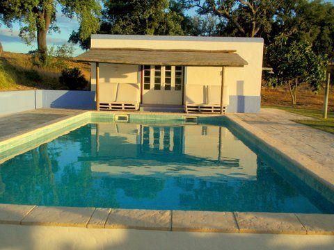Aluguer de casa rústica para férias em Local da Parvoíce - Piscina da propriedade