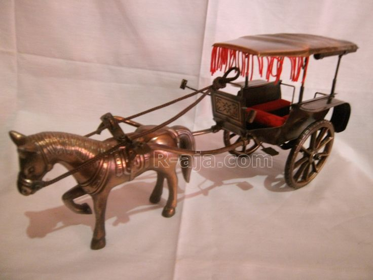 Handicraft Miniature craft horse cart made of iron copper brass.  Various size and designs classic, antique, produced by the hands of our craftsmen typical Yogyakarta – Indonesia.