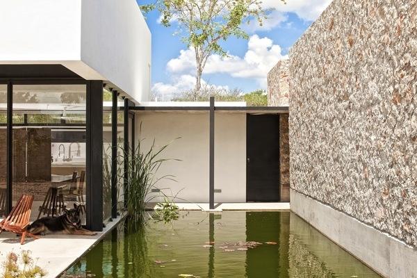 Casa Gershenson by Roman Gonzalez jaramillo, via Behance