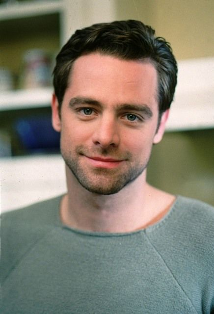 David Sutcliffe as Christopher Hayden...he was SO beautiful in the first season!