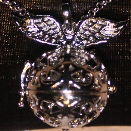 Engelenroeper 20mm bol 2 vleugels zilver € 7,95