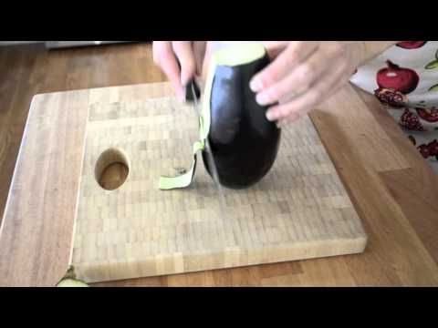Preparing Eggplant Before you Cook It - The Greenbacks Gal